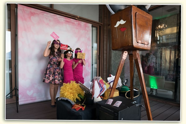 Photo booth bucuresti cabina retro vintage botez